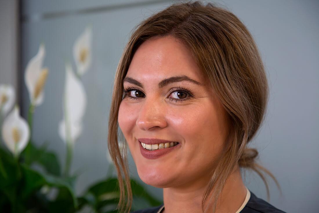 Team - Frauenärztin Weinheim - Dr. medic. Ioana Kudlich - Portrait der Mitarbeiterin Angelika Dehmel